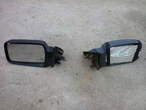 Detalhe dos retrovisores novo (esquerda), e o antigo (direita).