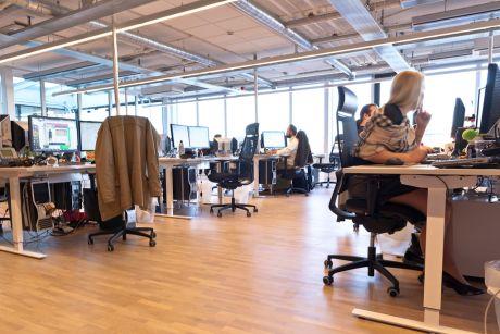 Suecia reduce jornada laboral a 6 horas y no baja sueldos