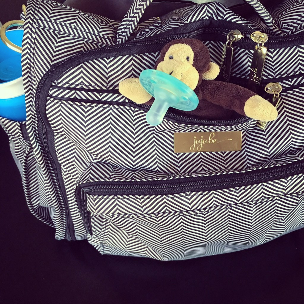 7 MUST Haves When Packing A Diaper Bag | Huggies & Costco