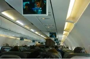 Como é voar pela companhia Taca para Lima - Peru
