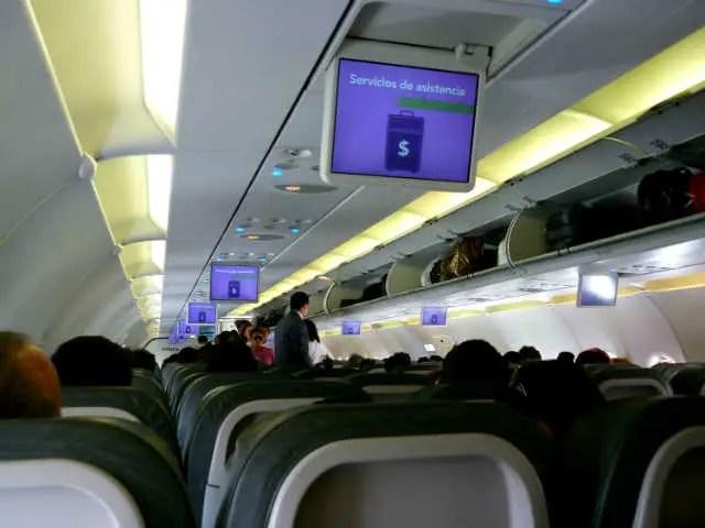 Avião da Volaris