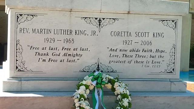Túmulo de Martin Luther King e Coretta - A casa em que Martin Luther King nasceu (Foto: Esse Mundo é Nosso)