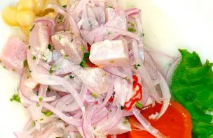 Receita de ceviche peruano, prato ícone do país