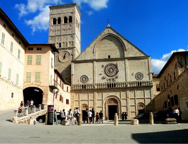 catedral-de-san-rufino-asis.jpg