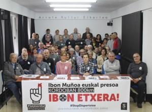 Ibon  Muñoa  presoaren  eskubideen  aldeko  kanpaina  hasi  du  Eibarko  Sarek