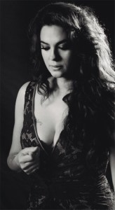 "Musika: Alba Molina (""Canta a Lole y Manuel"") @ Coliseo antzokian"