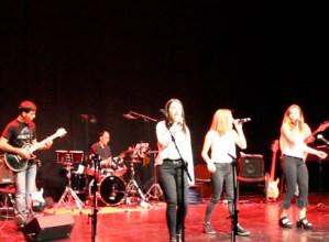 Jeisa  eta  The  Bunkies  rock  taldeen  kontzertuak  izango  dira  gaur  Txaltxa  Zelaiko  auditorioan