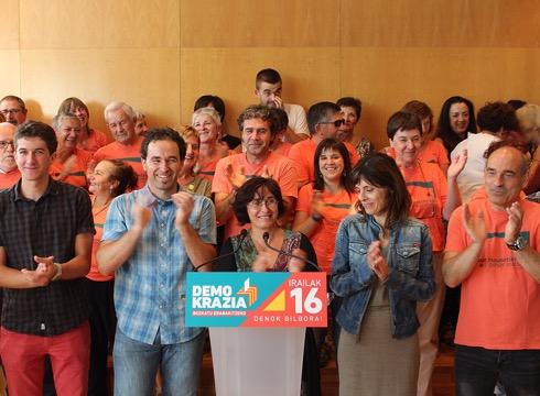 Kataluniako  erreferenduma  babesteko  irailaren  16rako  manifestazioa  deitu  du  Gure  Esku  Dagok