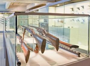 Arma  erakusketaren  euskarazko  katalogo  digitala  aurkeztuko  dute  gaur  arratsaldean