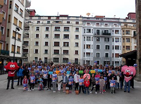 Tantanez Tantan ekitaldia aurkeztu dute gaur arratsaldean Eibarko Bizikleta Plazan