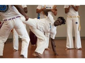 Capoeira klaseak haur eta helduentzat