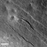 Imagens da Lunar Reconnaissance Orbiter revelam atividade tectônica recente na Lua