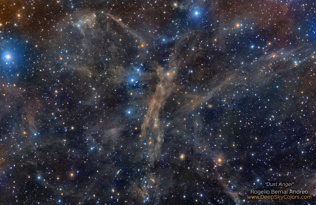 A Poeirenta Nebulosa do Anjo por Rogelio Bernal Andreo