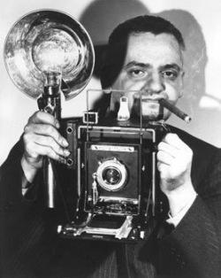 "Retrato de Arthur Fellig, Alias ""Weegee"""