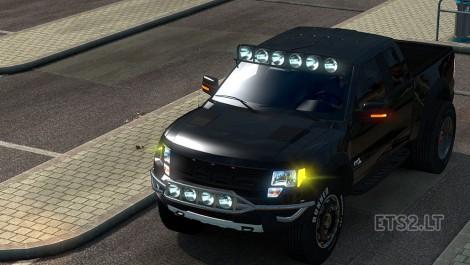 Ford-F150-Raptor-SVT