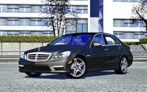 Mercedes-E64-AMG-2