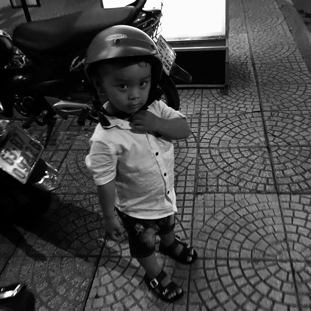 📷フォトログ : 可愛い!Cute boy in #saigon