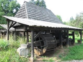 muzeul_satului2