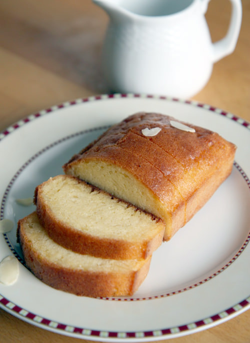 French Almond Pound Cake - Quatre-quarts