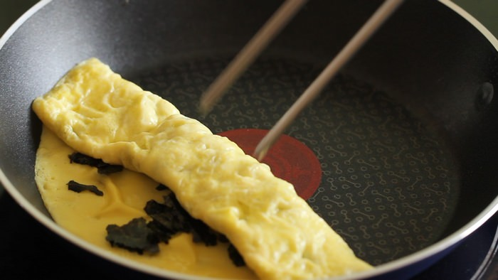 zebra-egg-roll-rolled-omelette3