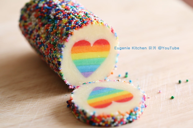 Rainbow Heart Cookies - Eugenie Kitchen @YouTube