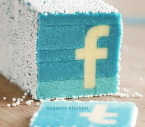 Facebook Cookies – Slice & Bake!