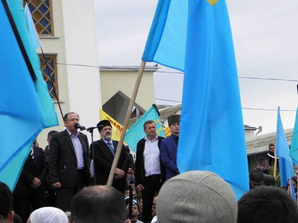 k5 Thousands of Crimean Tatars Mark 70th Anniversary of Deportation