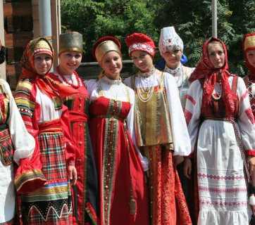 russian-native-costume-0017