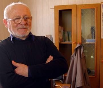 "Chief editor of the Crimean Tartar-language ""Avdet"" Shevkey Kaybullayev, whose newspaper was denied a license to continue to operate in Crimea by Russia's media watchdog Roskomnadzor, as reported by an also-shuttering Crimean News Agency (Photo: QHA)"