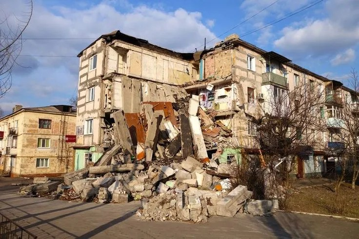 Devastation caused by the Russian aggression in Donbas, Ukraine (Image: Tim Judah | NYRblog)