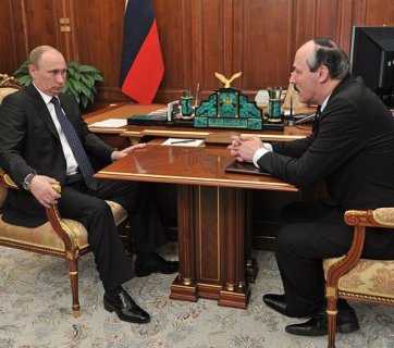 Putin and Ramazan Abdulatipov, the Putin-appointed head of Daghestan (Image: kremlin.ru)