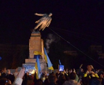 One of many statues of Vladimir Lenin taken down in Ukraine.