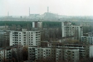 The city of Prypiat in December 2000 with the Chornobyl Nuclear Plant in the background (Image: belaruspartisan.org)