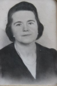 Natalia Popovych, Ihor's mother