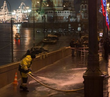 Just mere hours after it was executed, the Russian secret police was already washing off the blood (and any remaining evidence) after the murder of Russian opposition leader Boris Nemtsov, slain in front of the Moscow Kremlin, in the area of direct responsibility of the Federal Protective Service of Russia, whose head Viktor Zolotov reports directly to Vladimir Putin
