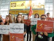 The PEN club meeting in Lviv started out from a flashmob of volunteers in support of Oleg Sentsov. Photo: zaxid.net