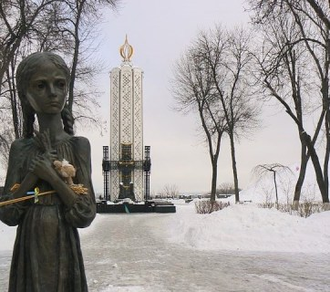 Memorial to Holodomor victims in Kyiv, Ukraine. Photo: Wikimedia Commons