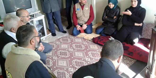 حملة الوفاء الأوروبية تتفقد أحوال العائلات الفلسطينية في غازيعنتاب التركية