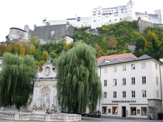 fortress-above-salzburg.JPG