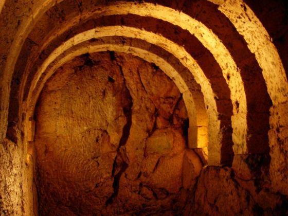 Underground at the Necromanteion