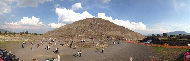 Teotihuacan-piramide-del-sol