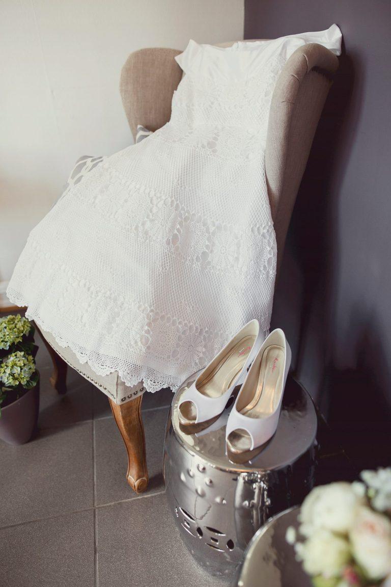 redesignet heklet brudekjole