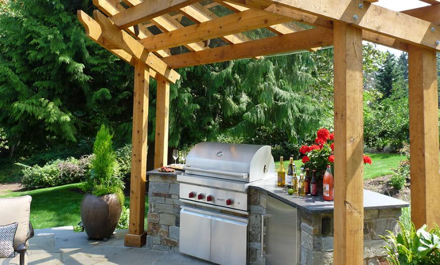 Professional landscape services in the seattle and puget for Country outdoor kitchen