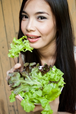 7 Reasons Why You Should Eat Green Leafy Vegetables