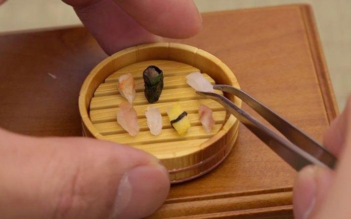 O portie de mini-sushi!