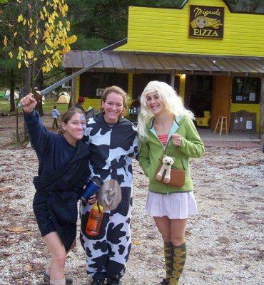 Halloween in the Red. Whitney Boland, Jessica Brackett, Jen Vennon.