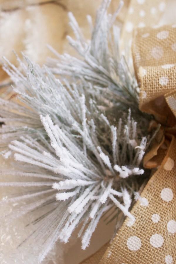 DIY Easy Winter Wreath | The Everyday Home | www.everydayhomeblog.com