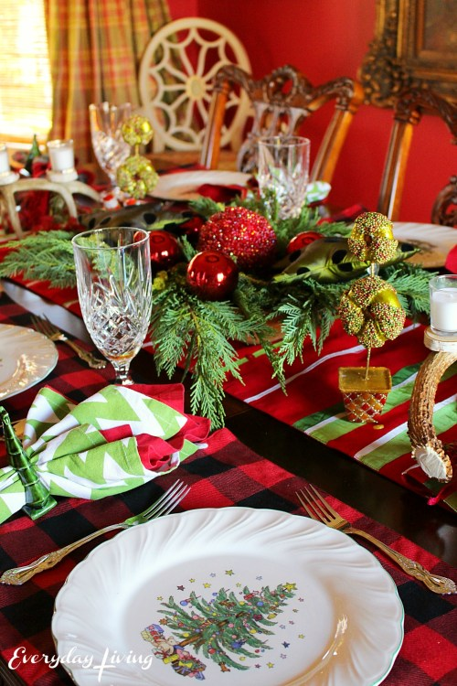 everyday-living-christmas-tablescape-9