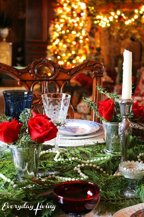 everyday_living_christmas_tablescape_1