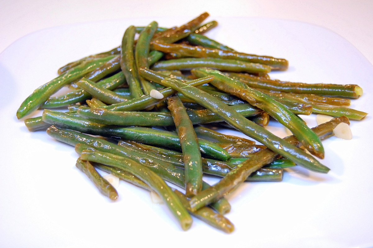Sauteed Green Beans with Garlic and lemon